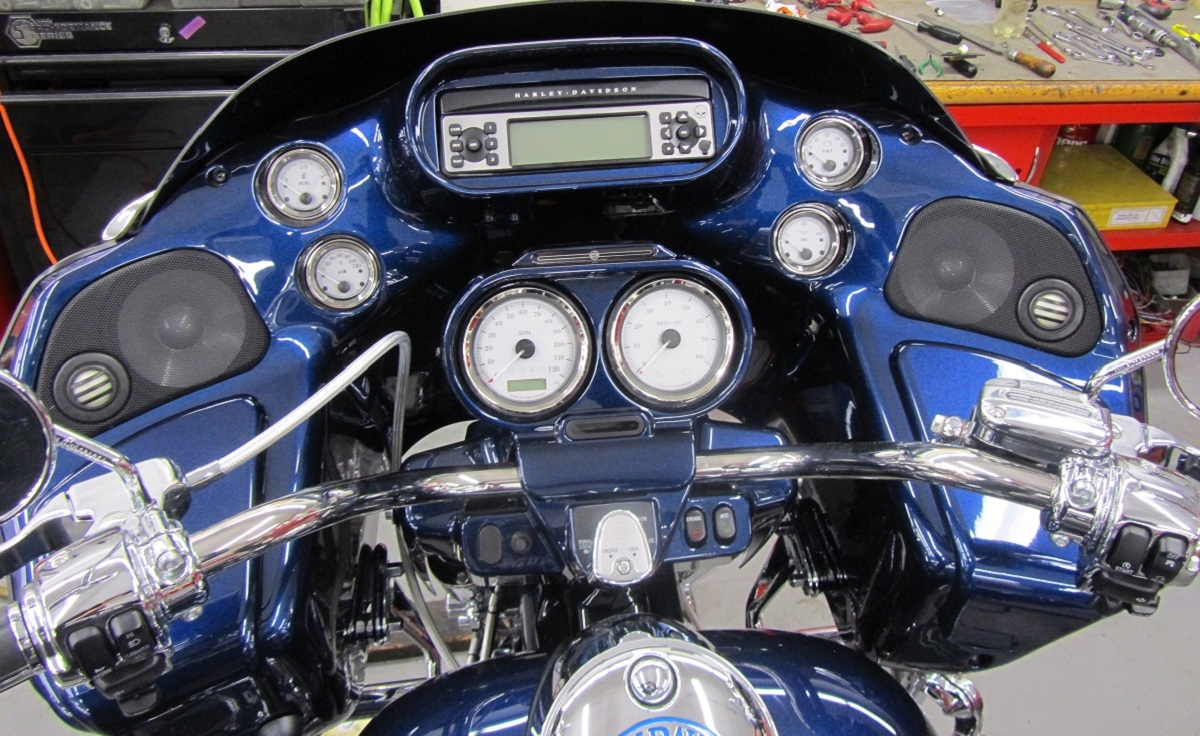 Painted to match HD Big Blue Pearl (Standard HD colors start at 525.00 for the Roadglide)