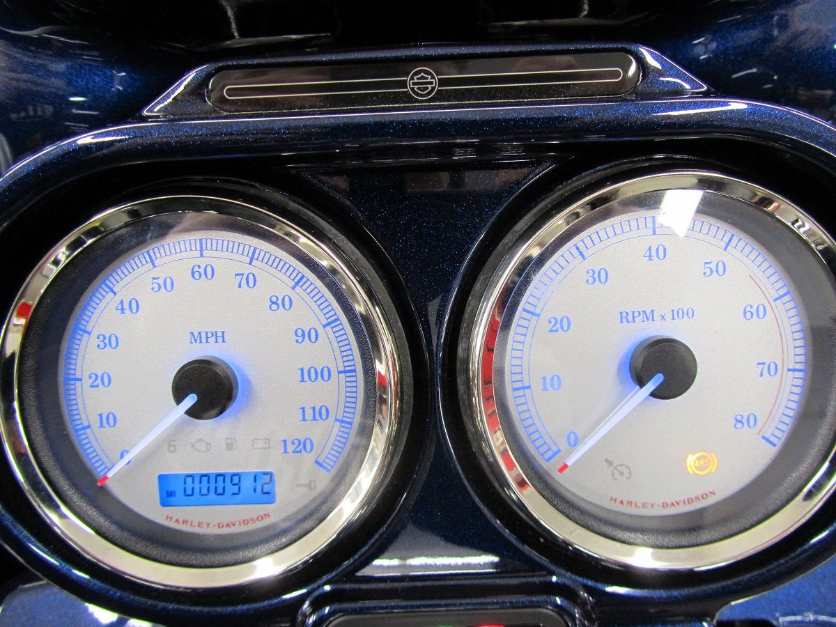 2013 Road Glide Blue LED's With Blue Needles-Odometer