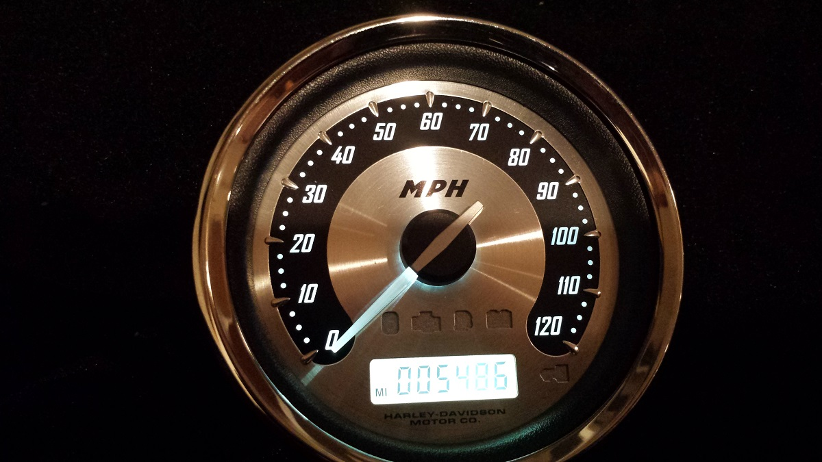 2009 Harley CVO Speedo with l.e.d. white numbers
